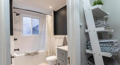 bathroom24001300